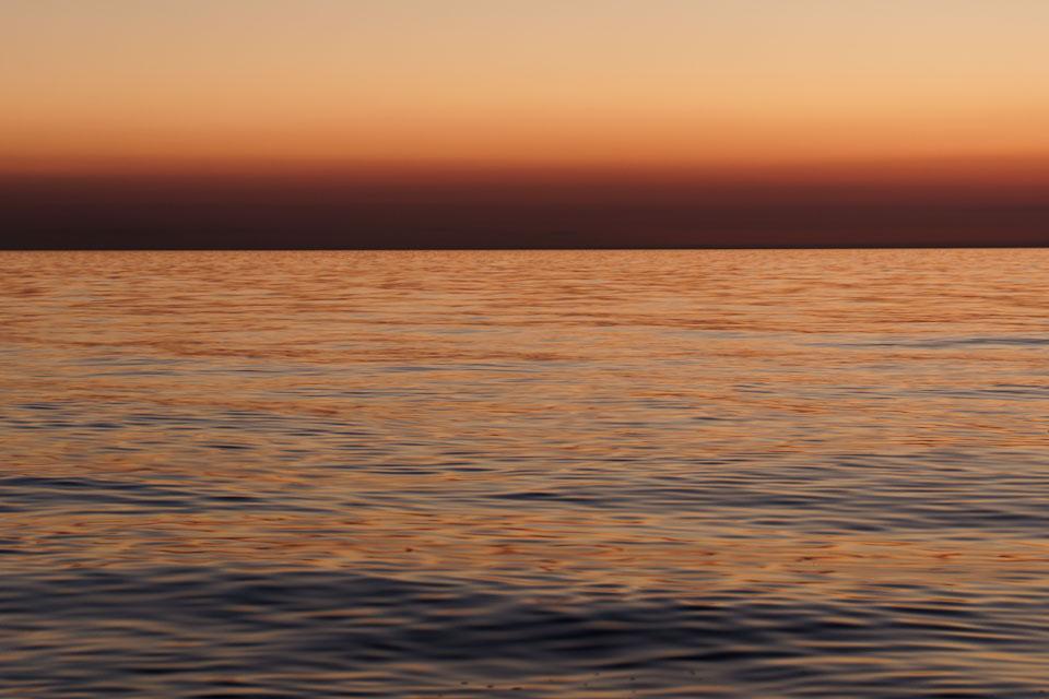 horizon-0100
