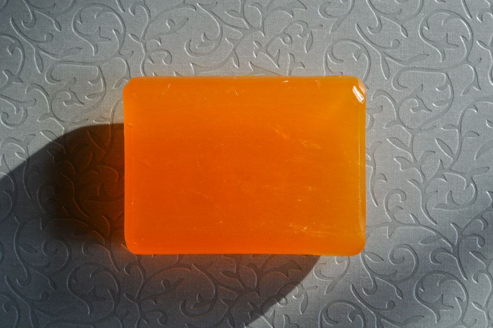 orangefarbene seife